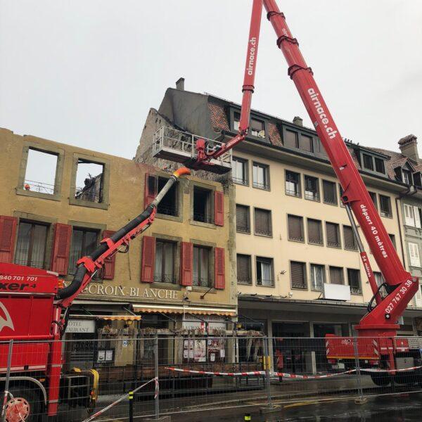 Saugbagger etraxa Gebäudebrand
