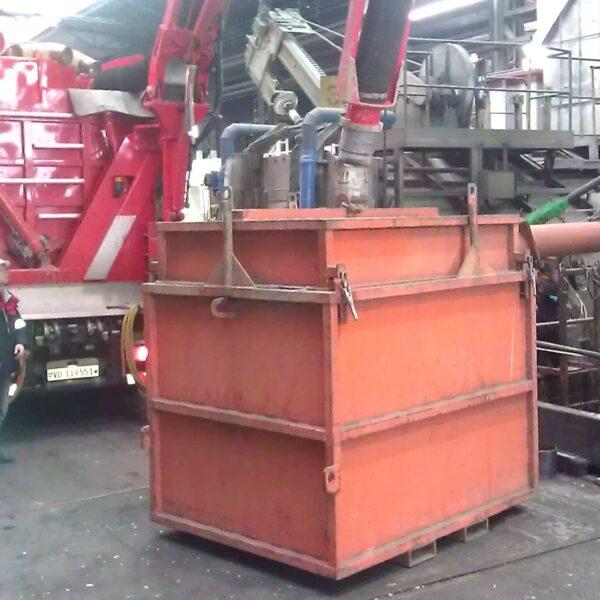 Saugbagger etraxa Container leeren
